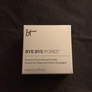 It cosmetics bye bye Pores powder